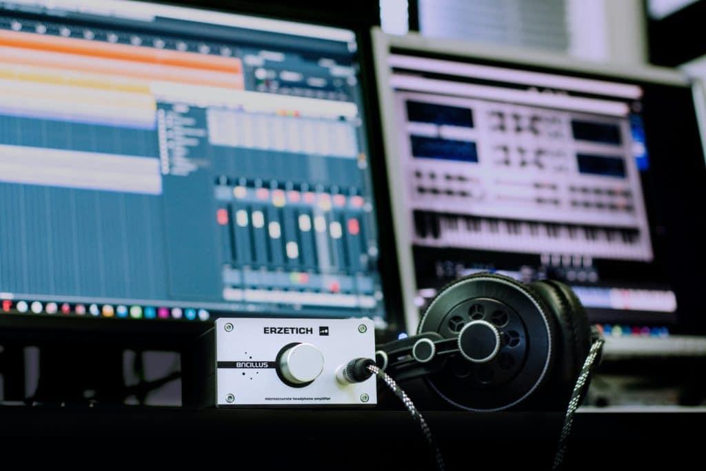 studio daw with plugins open