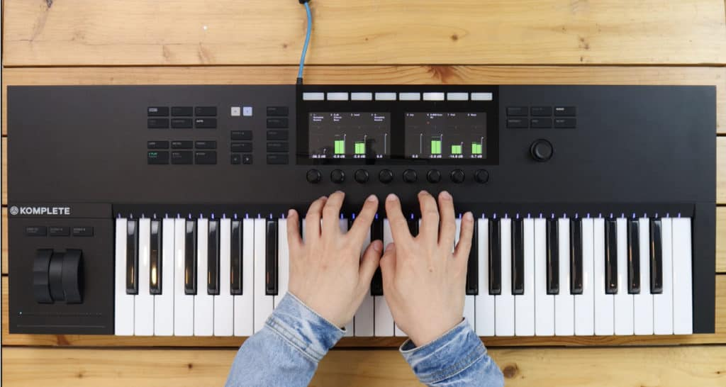 native instruments komplete kontrol keyboard controller