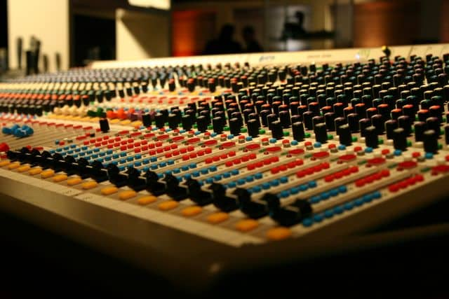 mixbutton mixing and mastering studio desk