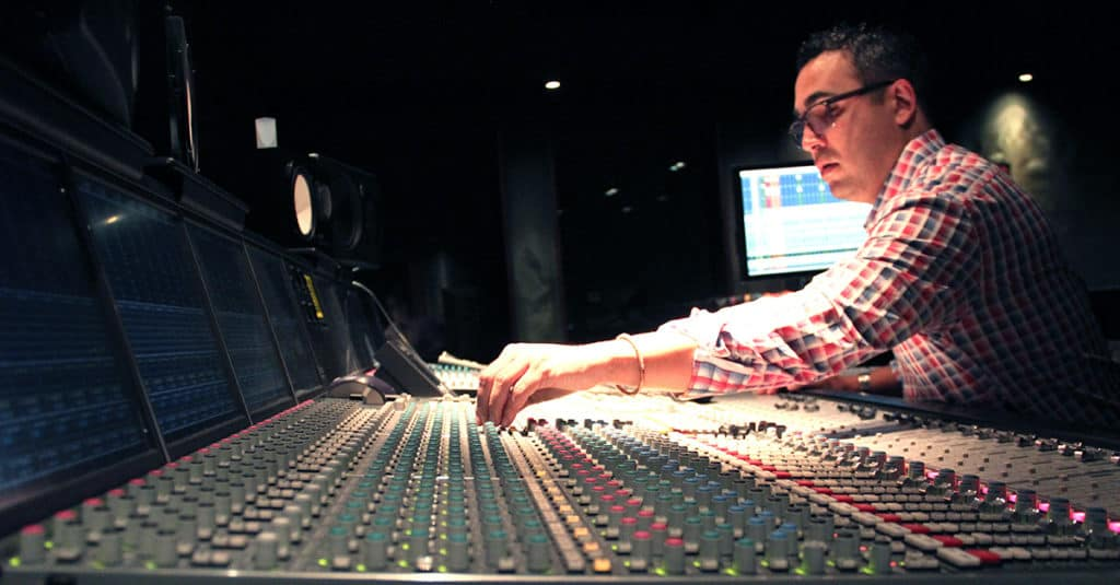 mixing and mastering engineer music production